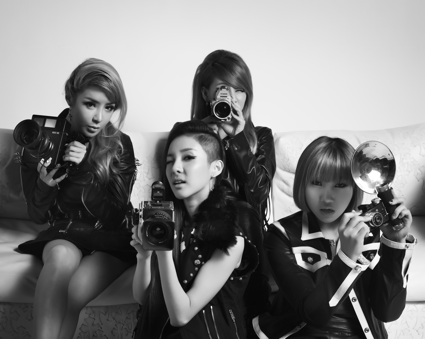 2NE1 Snap Hollywood, CA 2012